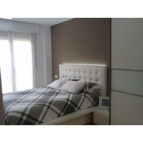 Cabecero de cama tapizado tapizado modelo 129 for Cabeceros de cama manuales